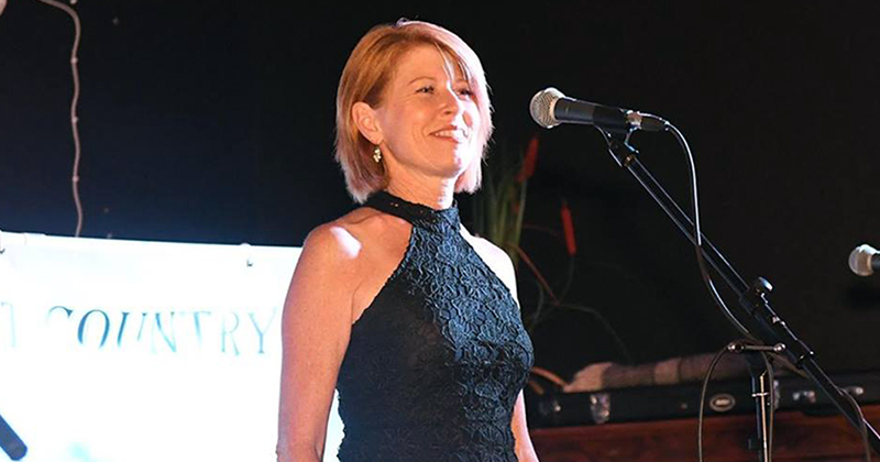 Dianne Coombes - Guest Artist, Munna Creek Country Music Festival