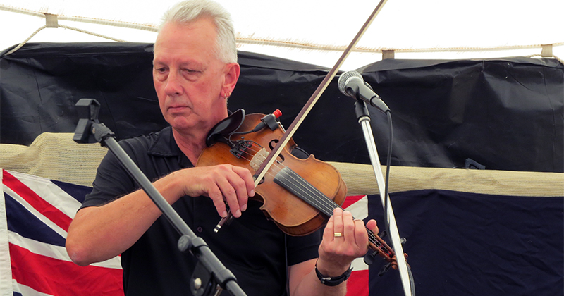 Hewie Curtis - Fiddle Player, Munna Creek Country Music Festival
